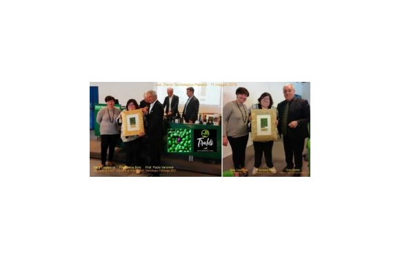 Olio Traldi Eximius di Francesca Boni premiato al Concorso Monocultivar Olive Oil Competition di Gino Celletti